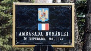 Ambasadele, Consulatele, ambasadorii si consulii romani