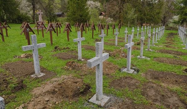 Valea Uzului - morminte