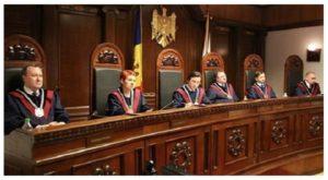 Republica Moldova are doua guverne, niciun Parlament